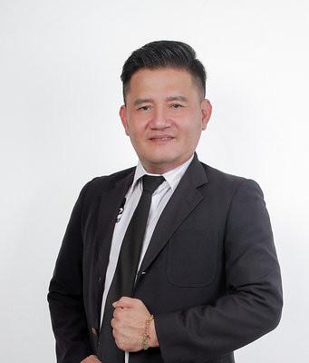 Leslie Lau