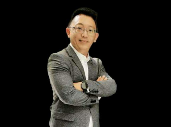 Alex Ngo